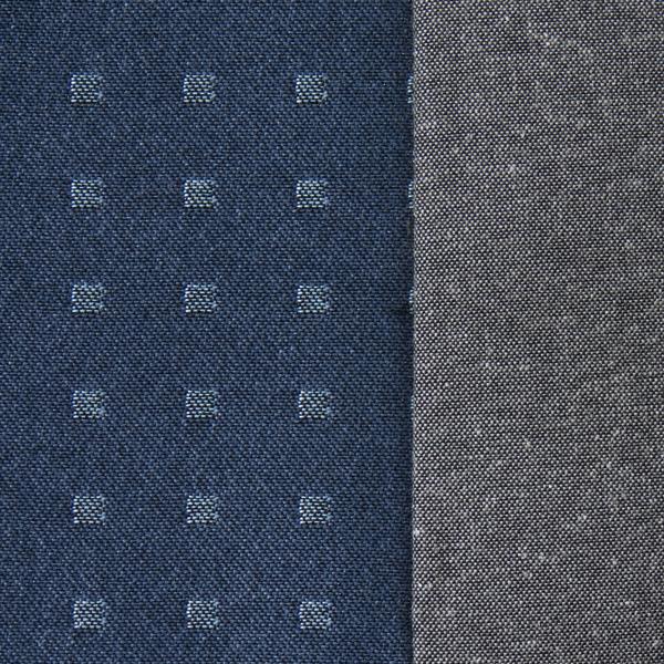 Quattro blau